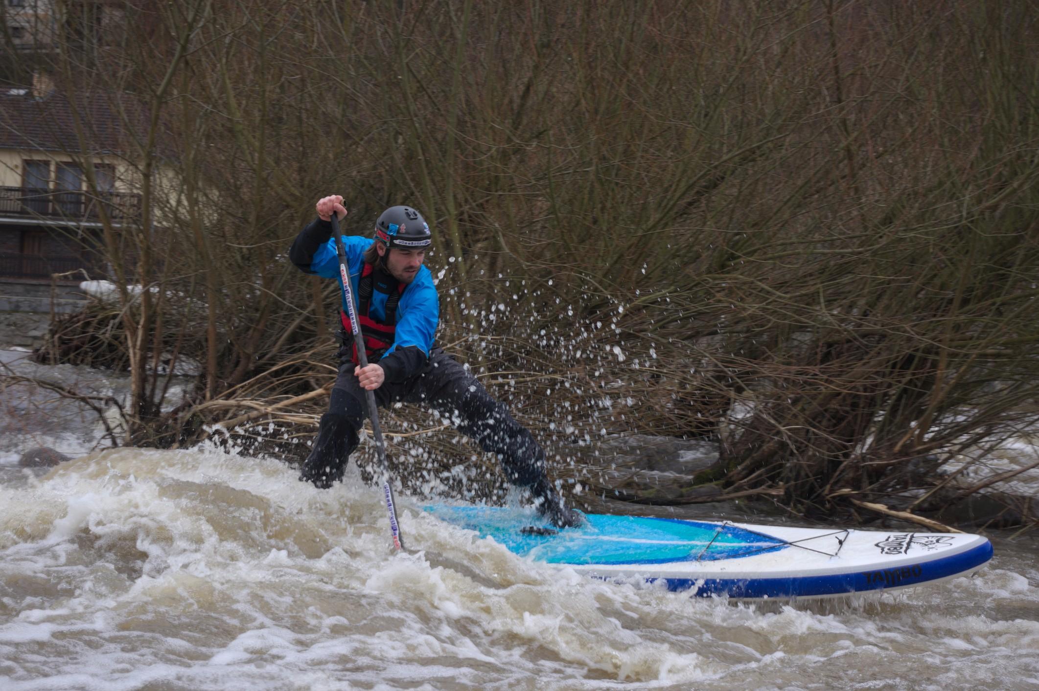 Czechia: Sazava River in February