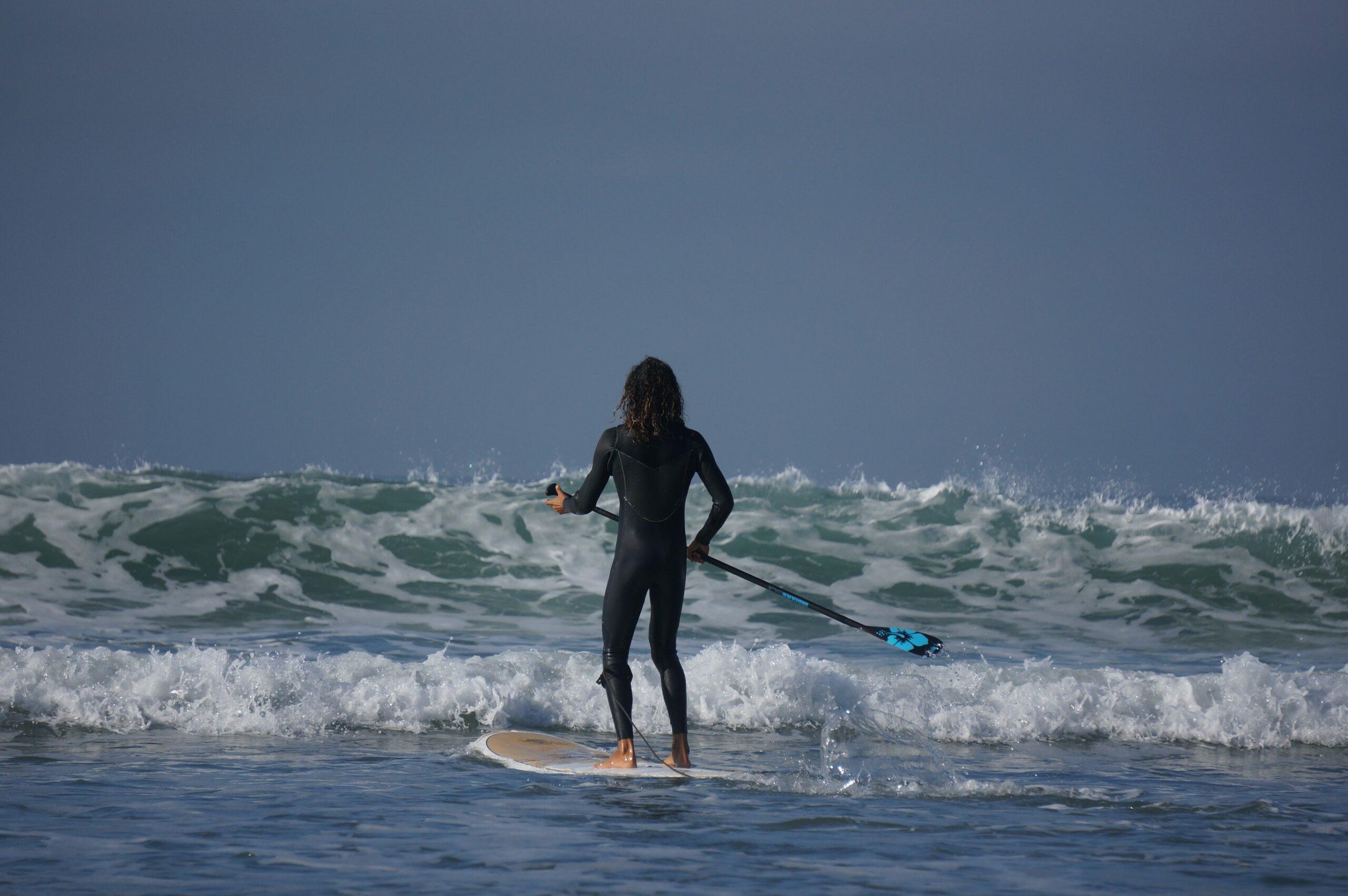 Objevování vln v Maroku